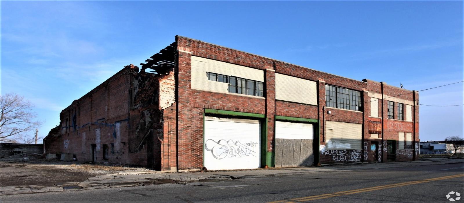 1313 Milwaukee St, Detroit, Michigan 48211, ,Multi-Use,For Sale,1313 Milwaukee St,1023