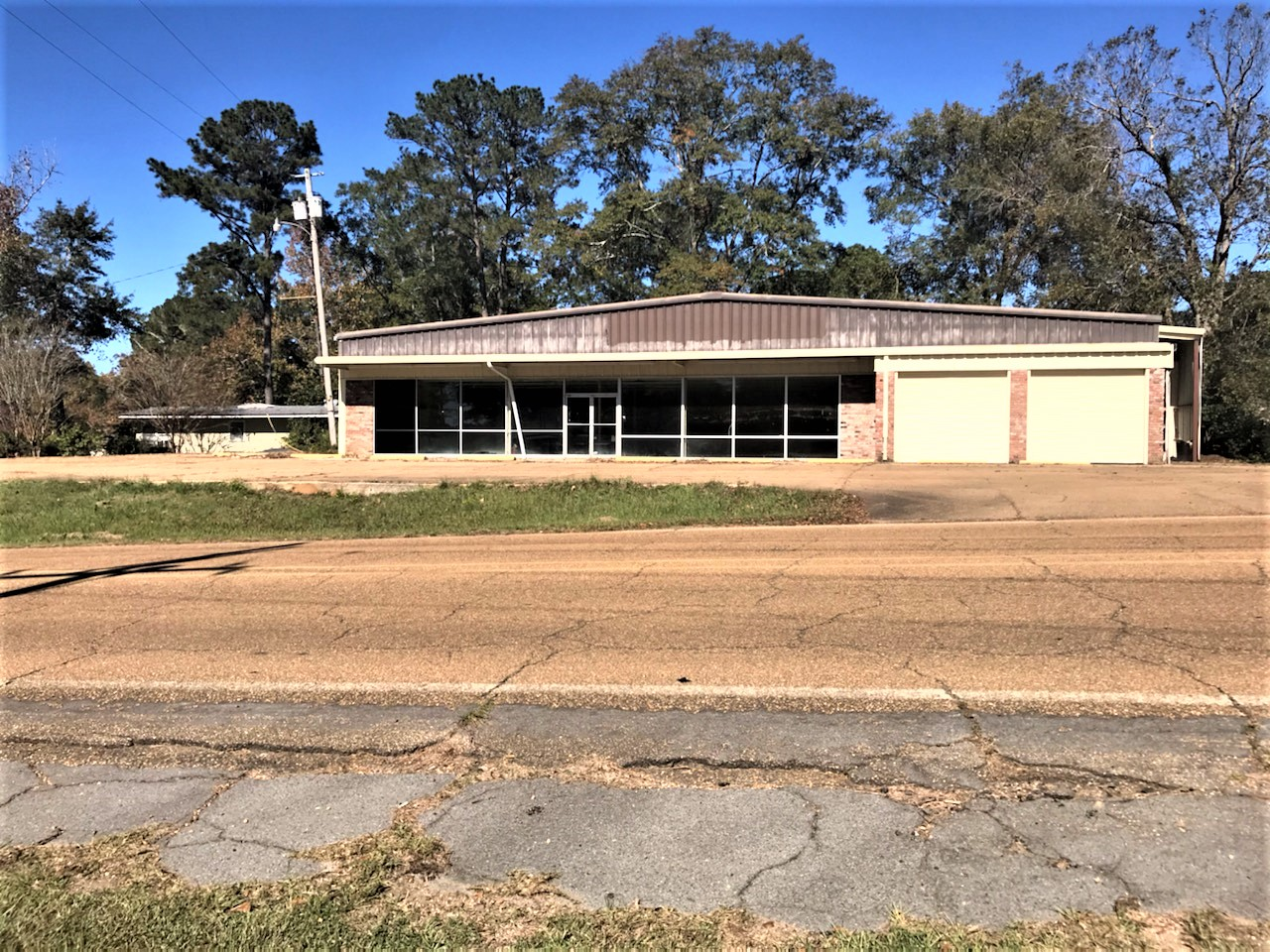 801 E. Main Street, Meadville, Mississippi 39653, ,Retail,For Sale,801 E. Main Street,1029