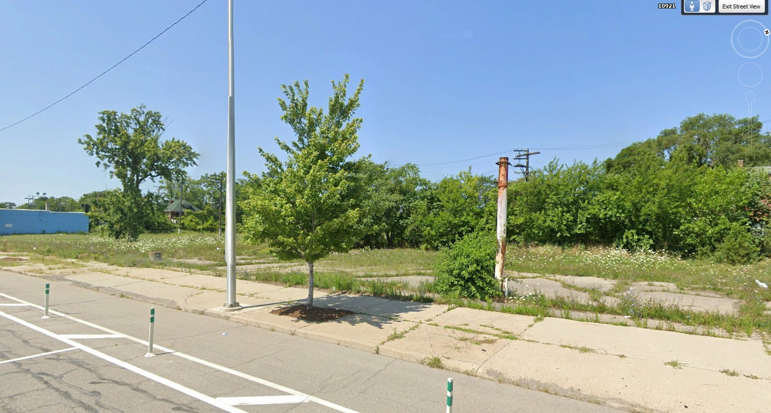 10905 EAST JEFFERSON AVENUE, Detroit, Michigan 48214, ,Multi-Use,For Sale,10905 EAST JEFFERSON AVENUE,1003