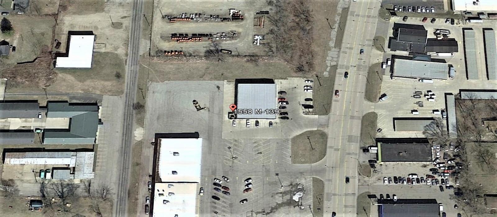 1558 M-139, Benton Harbor, Michigan 49022, ,Retail,For Sale,1558 M-139,1055